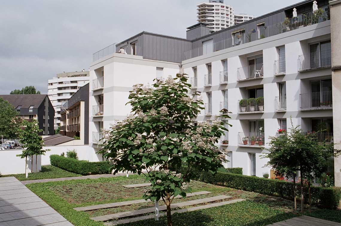Aaupc patrick chavannes immeuble de 60 logements for Agence paysage rennes